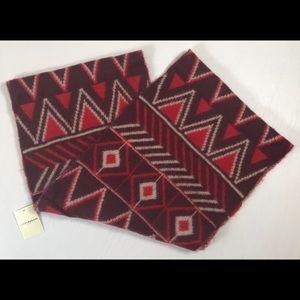 Lucky Brand infinity scarf red geo print acrylic